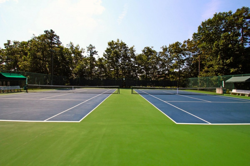 Should You Take Tennis Lessons?